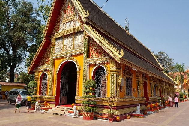 Wat Simuang Vietnam Laos Tours 15 Days