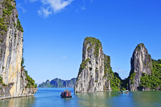 ha long bay indochina tours