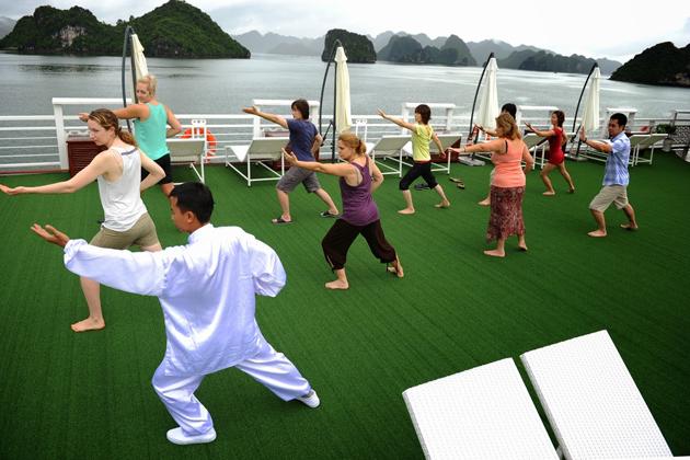 Tai Chi Lesson Vietnam Laos 15 Day Itinerary