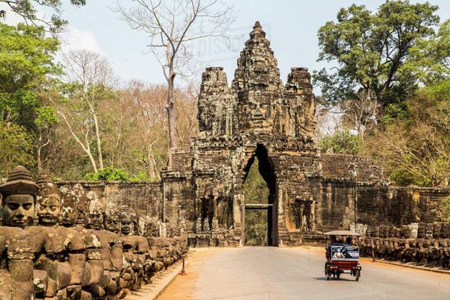 Angkor Thom - Cambodia Laos 9 Day Tour