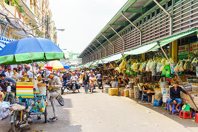 Binh Tay Market - Indochina Tour Package 26 Days