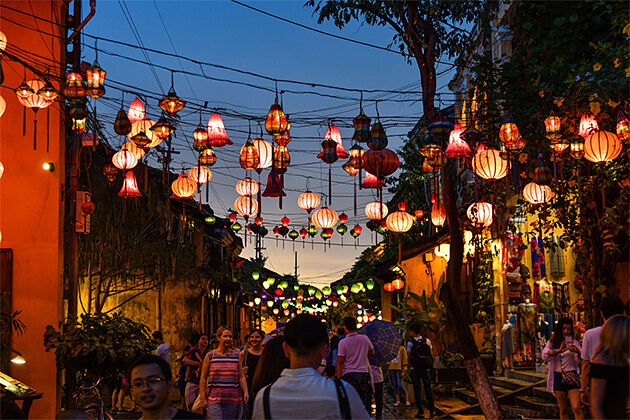 Hoi An Night Indochina Travel Packages 26 Days