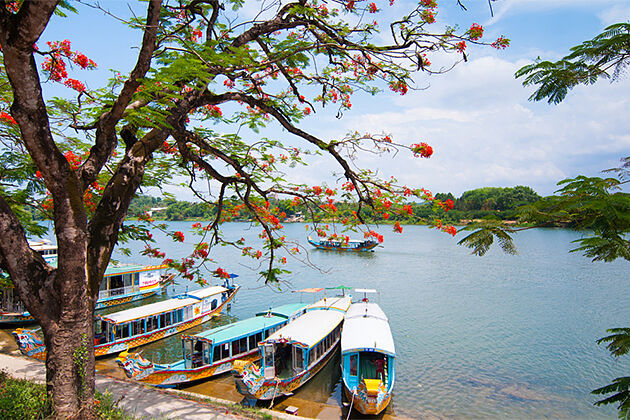 Huong Perfume Indochina Travel Package 26 Days