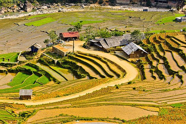 Ta Van Village Indochina Travel 26 Days