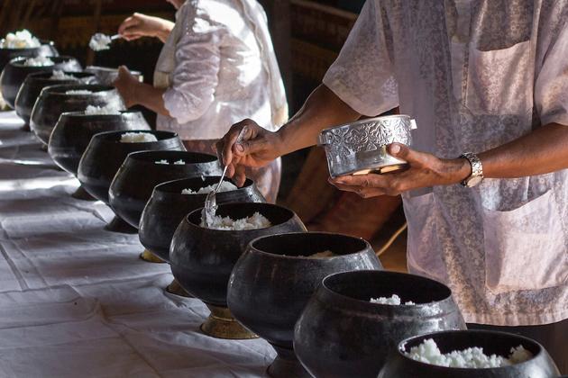 Virak-Wanabat-khmer-new-year