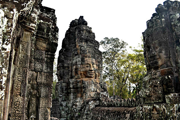 Bayon Temple – Ultimate Cambodia & Vietnam Tour in Style – 19 Days