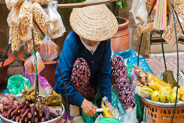 hanoi street food – cambodia vietnam tour