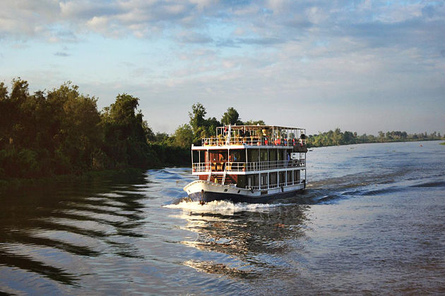how to travel between vietnam and cambodia indochina tour