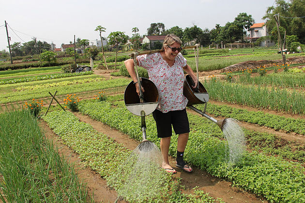 Tra Que Vegetable Village – Travel to Cambodia and Vietnam