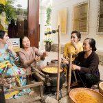 Spirit of Vietnam and Cambodia Tour – Van Phuc Silk Weaving Village_opt