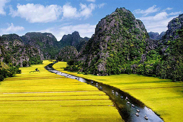 best time to take a nothern vietnam tour and indochina tour
