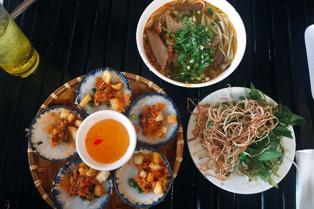 central vietnam famous for bun bo hue