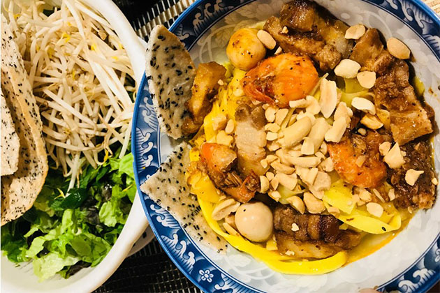 my quang and central vietnamese street food