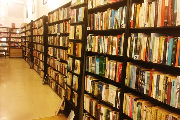 Top 13 Bookstores and Libraries in Phnom Penh