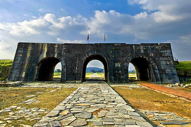 Citadel of the Ho Dynasty - Indochina Tours