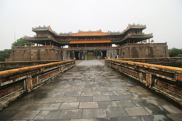 Hue Imperial Citadel – 23 Day Vietnam Cambodia Tour