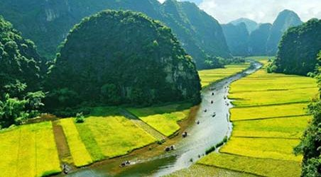 North Vietnam & Laos Tour – 11 Days