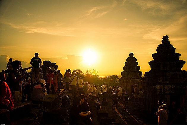 Sunset on Pre Rup – Vietnam Cambodia 23 Days