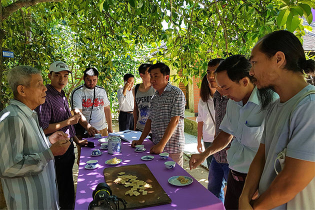 Tea Break in Thuy Bieu Eco Tour – Indochina Trips