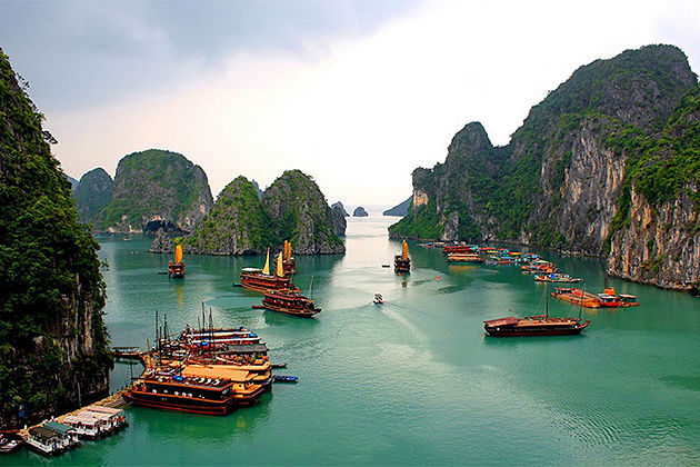 World Heritage of Halong Bay - Indochina Tours