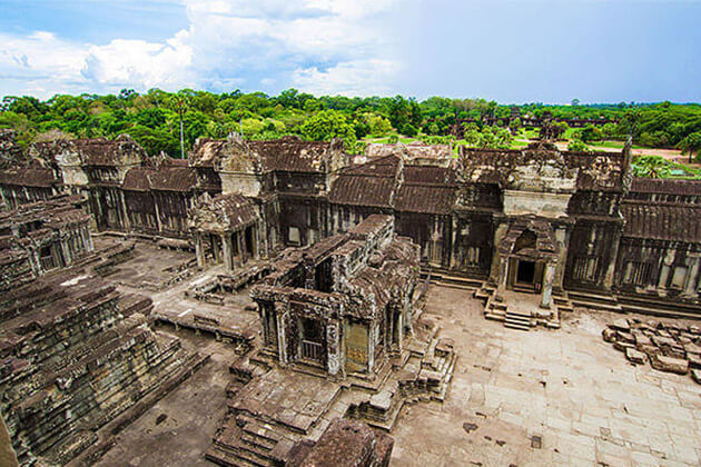 2 weeks in indochina angkor wat