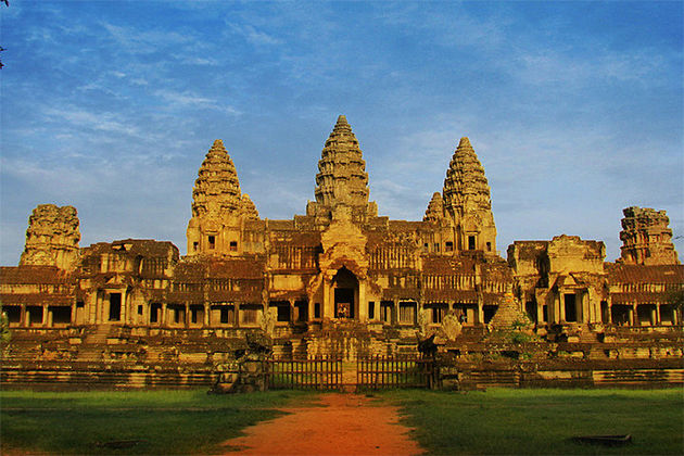 Angkor Wat Temple - Cambodia Laos 15 Days