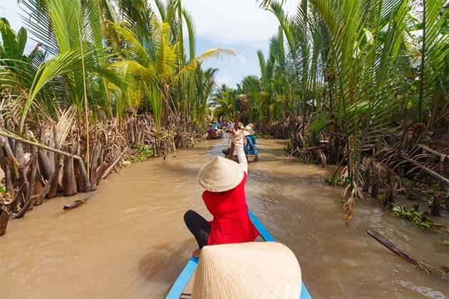 Boat trip in Mekong Delta - 15 Days in Vietnam Laos