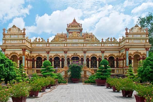 Vinh Trang Pagoda My Tho