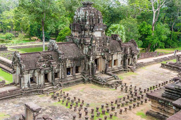 angkor wat 3 weeks in vietnam laos cambodia