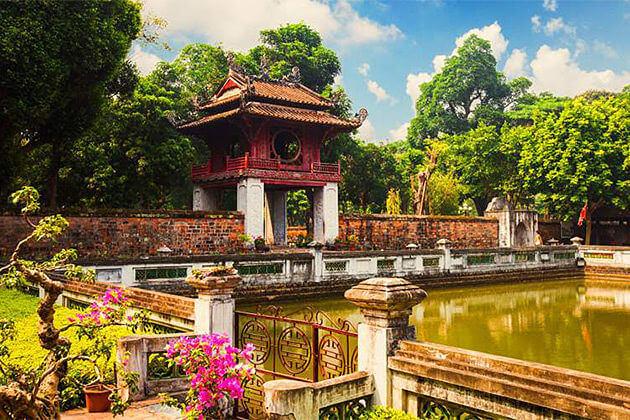 hanoi vietnam cambodia laos 2 week itinerary