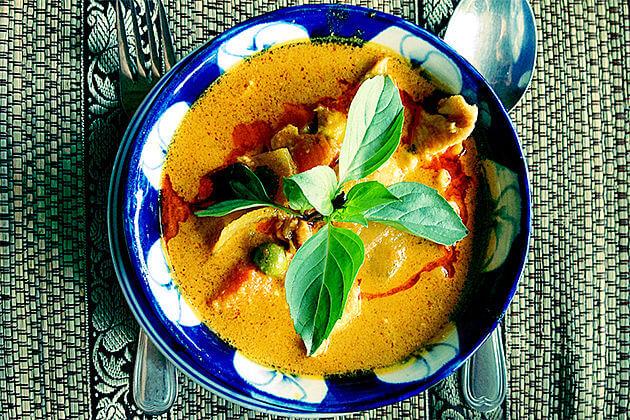 khmer cuisine cambodia laos tour