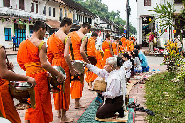 luang prabang alms giving ceremony tours to laos cambodia
