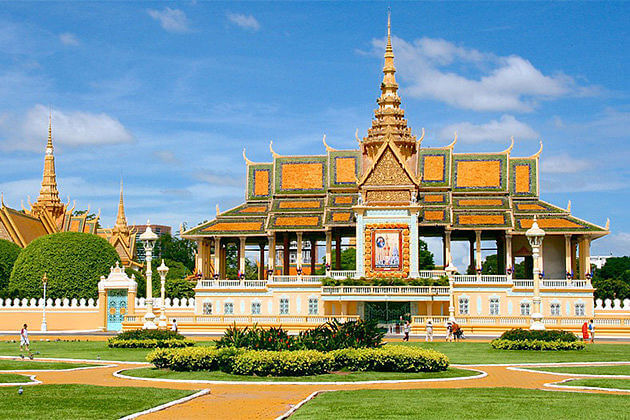 royal palace vietnam cambodia laos 14 days
