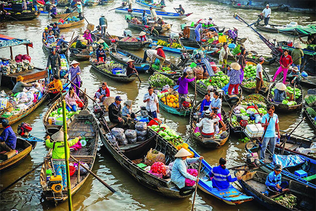 Cai Be Floating Market Vietnam Cambodia Laos 23 Days