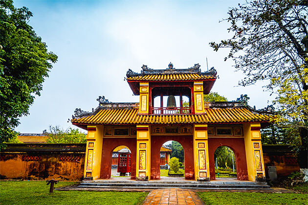 Hue Imperial City - Vacation in Indochina 23 Days