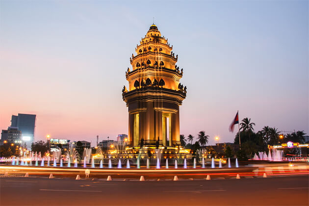 Independence Monument Phnom Penh Indochina Vacation