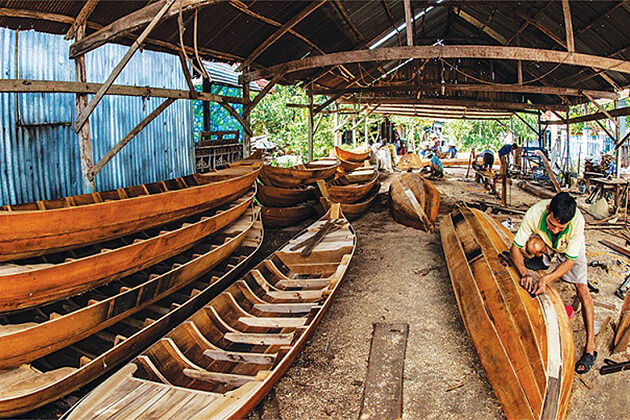 See Locals Build Boats in Mekong Delta