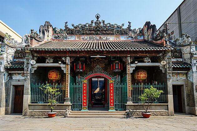 Thien Hau Pagoda Vietnam Cambodia Laos Vacation 23 Days