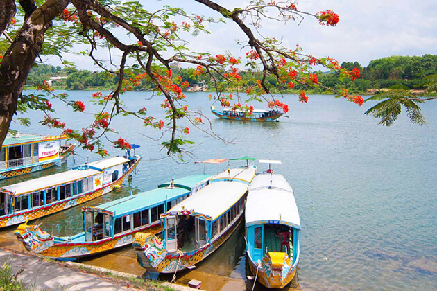 Cruise along Perfume River in Hue