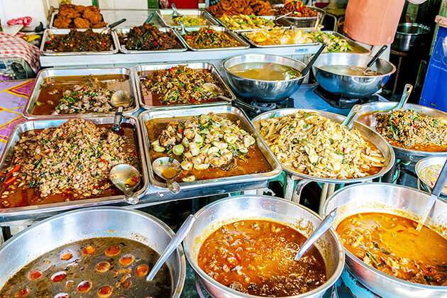enjoy Thai street food from Vietnam Thailand Tour