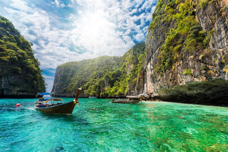 Vaccinated Foreign Tourists Allowed to Enter Thailand with no Quarantine