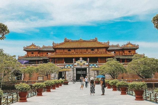 Vietnam is Ready to Open Tourism